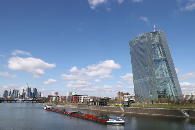 ECB committed to easy policy even after court ruling