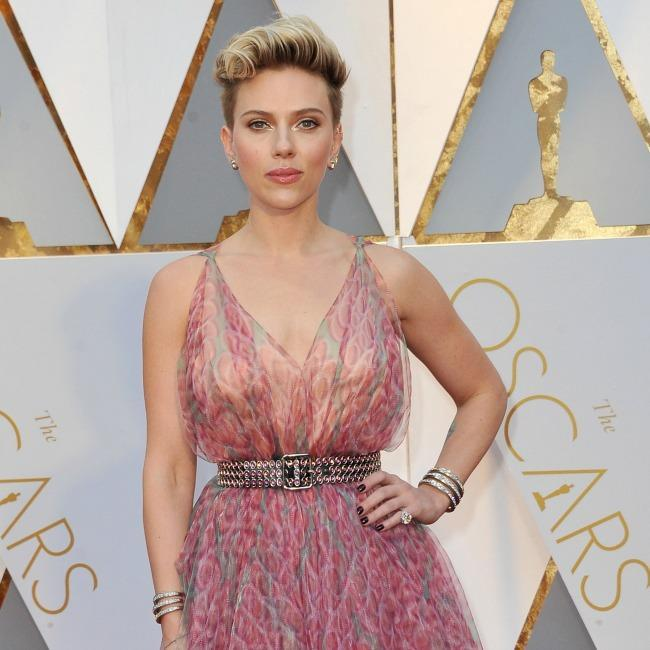 Scarlett Johansson arremete contra James Franco por sumarse al movimiento Time's Up