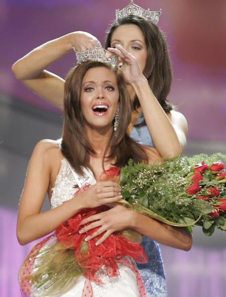 FILE - In this Jan. 21, 2006 file photo, Miss Oklahoma, Jennifer Berry, is crowned Miss America 2006 by outgoing Miss America 2005 Deidre Downs at the 2006 Miss America pageant in Las Vegas. (AP Photo/Sam Morris,File)
