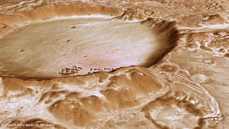 A 'winter wonderland' on Mars might be a little chilly even for Santa Claus (Image: ESA)