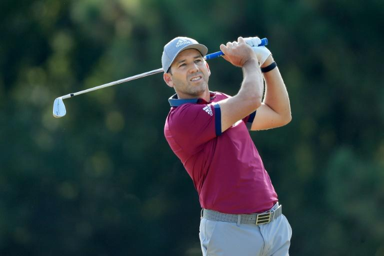 Garcia, Davis, Poston share PGA Sanderson Farms lead