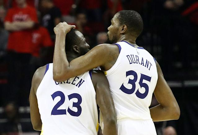 "<a class=""link rapid-noclick-resp"" href=""/nba/players/4244/"" data-ylk=""slk:Kevin Durant"">Kevin Durant</a> and Draymond Green better not beat themselves. (Getty Images)"