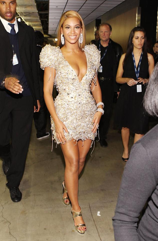 <p>Beyoncé's short and sexy sequined number dazzled us in 2010.</p>