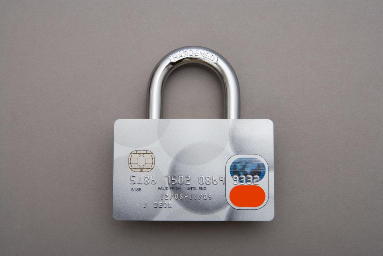 Credit card lock