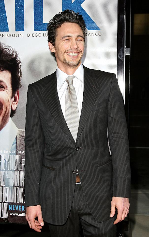 """<a href=""""http://movies.yahoo.com/movie/contributor/1800352352"""">James Franco</a> at the Los Angeles premiere of <a href=""""http://movies.yahoo.com/movie/1810041985/info"""">Milk</a> - 11/13/2008"""