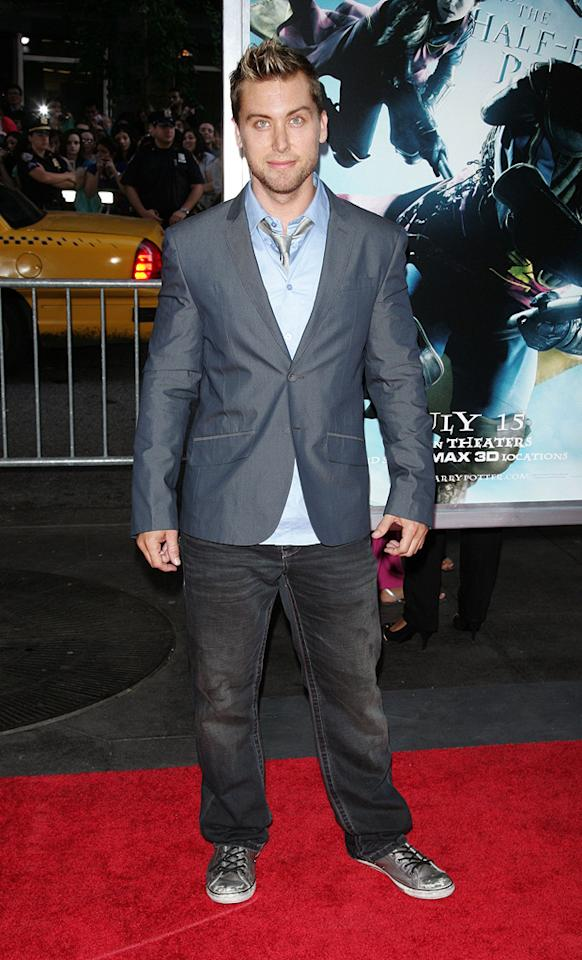"""<a href=""""http://movies.yahoo.com/movie/contributor/1804502690"""">Lance Bass</a> at the New York premiere of <a href=""""http://movies.yahoo.com/movie/1809791044/info"""">Harry Potter and the Half-Blood Prince</a> - 07/09/2009"""