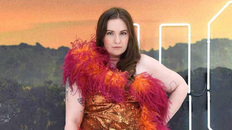 "Machte ihrem Ruf als Mode-Provokateurin alle Ehre: Lena Dunham bei der Premiere von ""Once Upon a Time... in Hollywood"" (Bild: imago images / PA Images)"