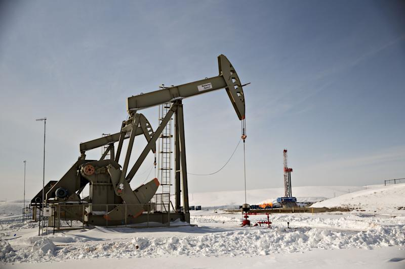 U.S. Shale's Blows Leave Middle East Oil Producers Staggering