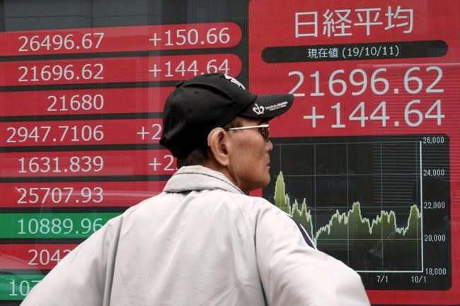 Asian stocks follow Wall Street higher on trade optimism