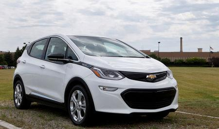 FILE PHOTO: A 2017 Chevrolet Bolt EV is displayed outside the General Motors Orion Assembly plant in Orion Township, Michigan, U.S., June 13, 2017. REUTERS/Rebecca Cook/File Photo
