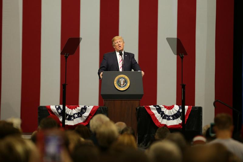 President Donald Trump speaks at a campaign rally for Sen. Luther Strange at the Von Braun Center in Huntsville, Alabama. (Marvin Gentry / Reuters)