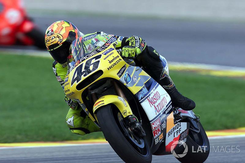 """2001 - Valentino Rossi, Honda<span class=""""copyright"""">Gold and Goose / Motorsport Images</span>"""