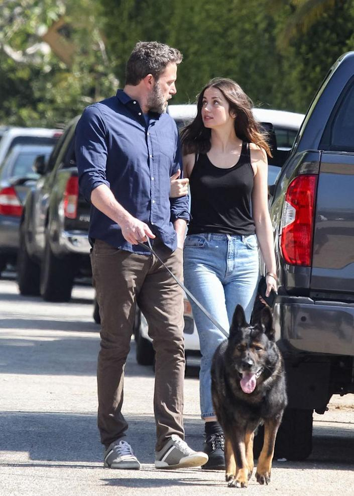 Ben Affleck and Ana de Armas are partners in Los Angeles. (Photo: BG020 / Bauer-Griffin / GC Image)