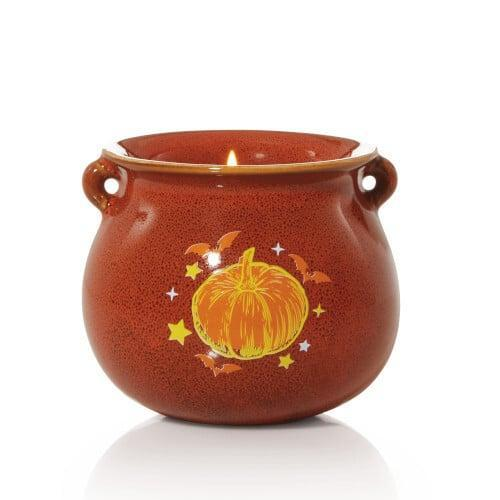 <p>Simple and sweet, how could you pass up on this <span>Jack-o'-Lantern Limited Edition Candle</span> ($15)?</p>