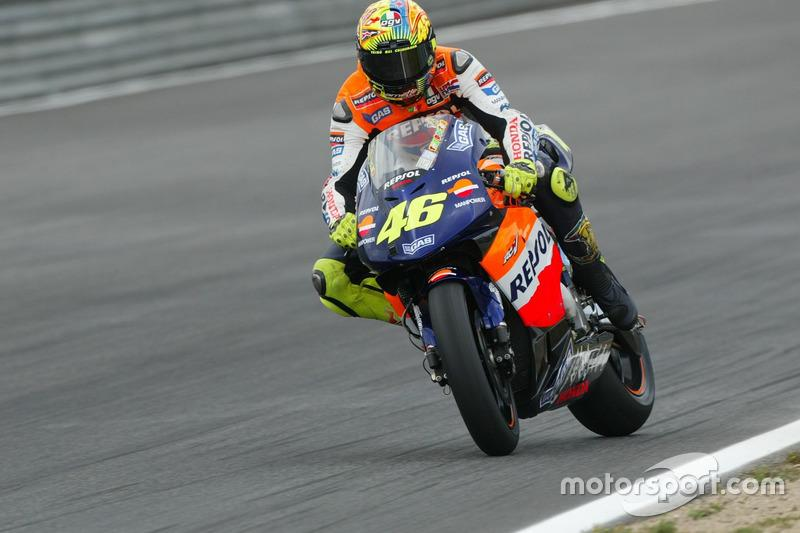 "2002: Valentino Rossi, Repsol Honda Team<span class=""copyright"">Gold and Goose / Motorsport Images</span>"