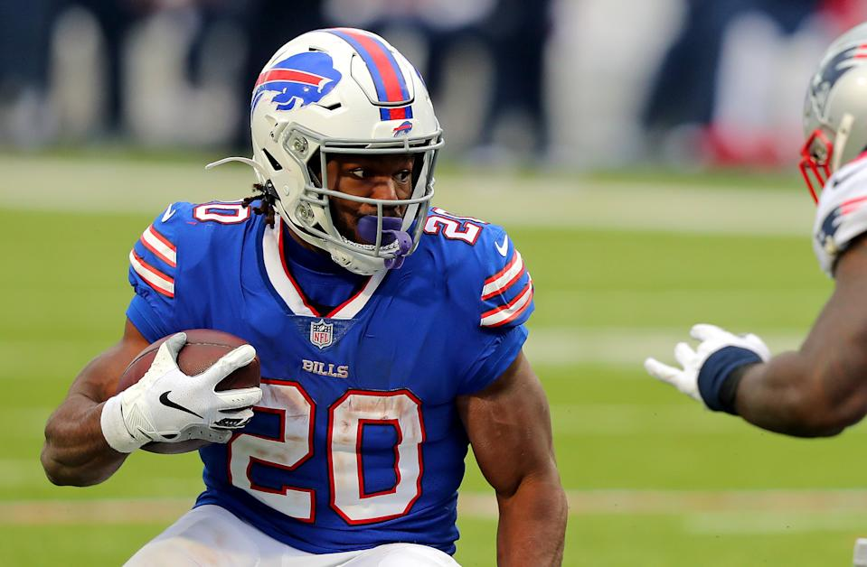 ORCHARD PARK, NEW YORK - NOVEMBER 01: Zack Moss #20 of the Buffalo Bills rushes during a game against the New England Patriots at Bills Stadium on November 01, 2020 in Orchard Park, New York. (Photo by Timothy T Ludwig/Getty Images)