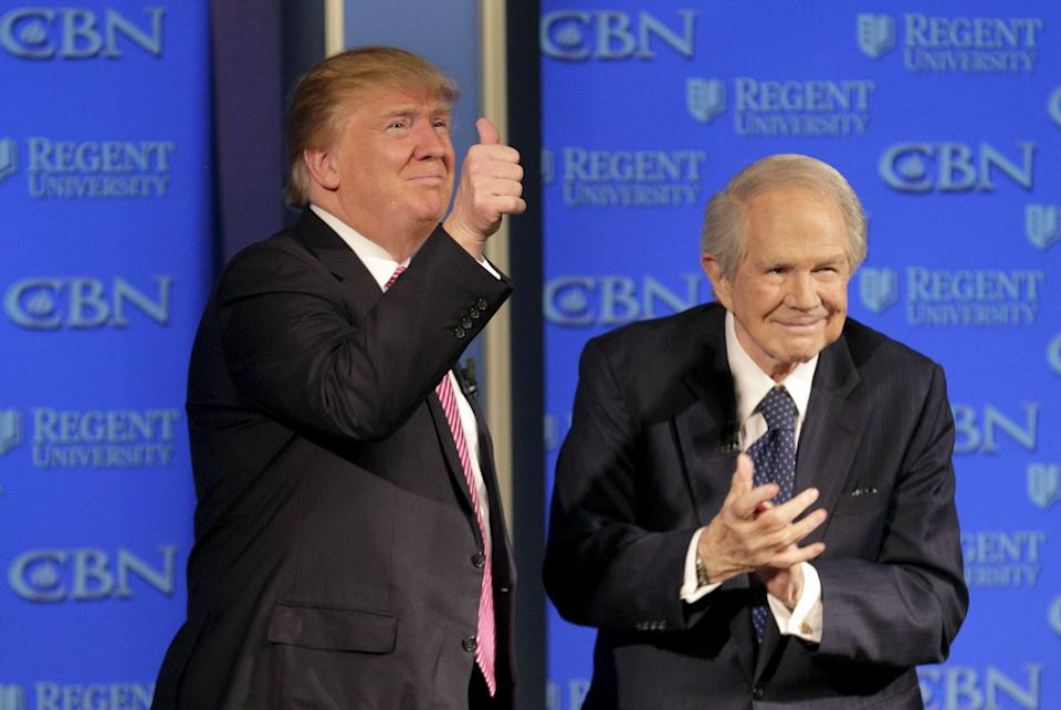 Trump appears with Pat Robertson at a campaign event at Regents University in Virginia on Feb. 24, 2016. (Photo: Joshua Roberts/Reuters)