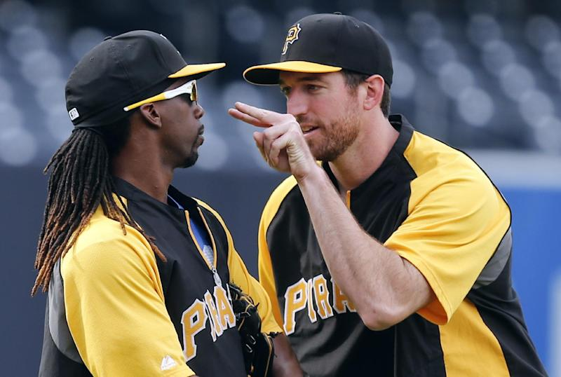 Pirates get 16 hits in 10-3 romp over Padres
