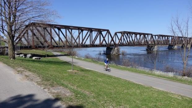 Council has approved the immediate renaming of the former Prince of Wales Bridge as the Chief William Commanda Bridge. (Andrew Foote/CBC - image credit)