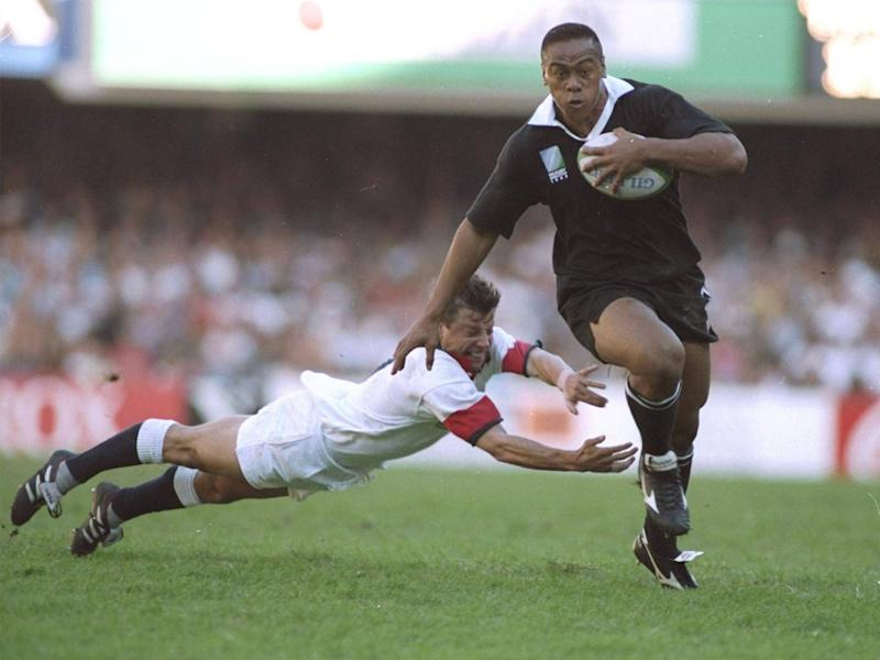 Stephen Prosser compared the man on the flight to rugby legend Jonah Lomu (Getty)