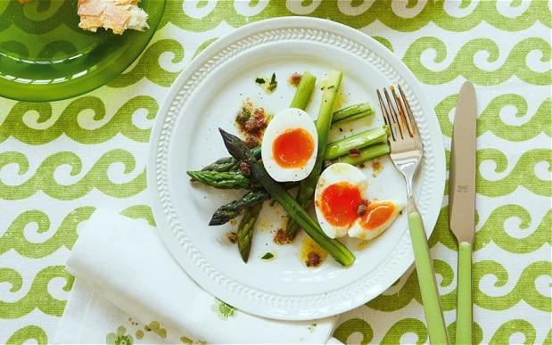 Asparagus and eggs with anchovy dressing - Yuki Sugiura