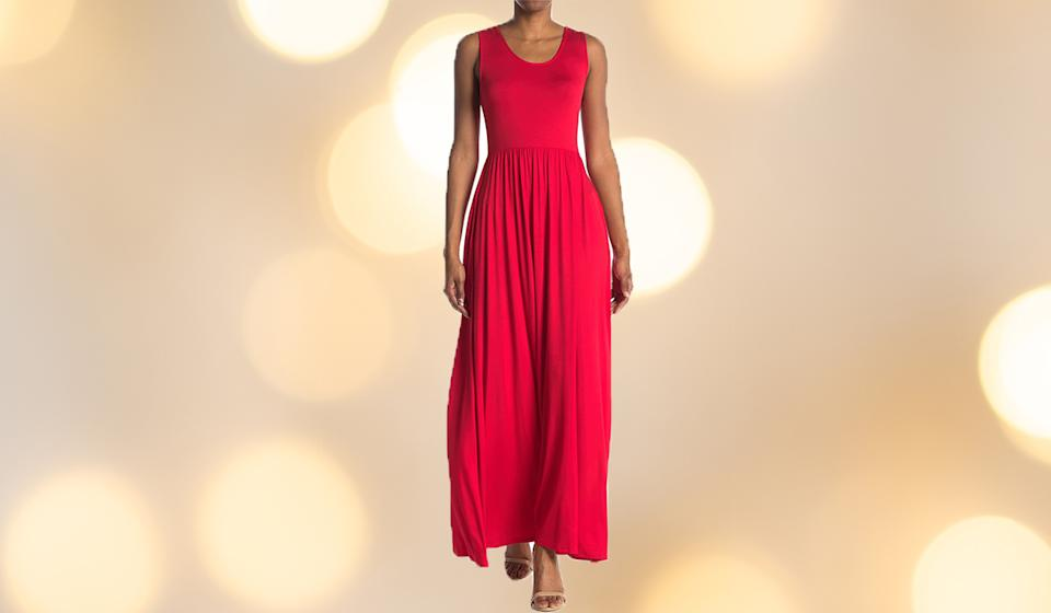 Lady in red. (Photo: Nordstrom Rack)