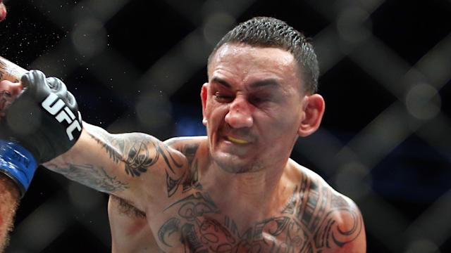 Max Holloway and Frankie Edgar are set to clash for the featherweight championship. Here's how you can bet on the major UFC pay-per-view.