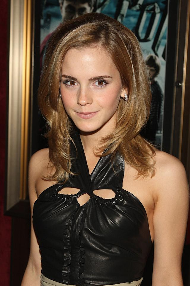 """<a href=""""http://movies.yahoo.com/movie/contributor/1802866081"""">Emma Watson</a> at the New York premiere of <a href=""""http://movies.yahoo.com/movie/1809791044/info"""">Harry Potter and the Half-Blood Prince</a> - 07/09/2009"""