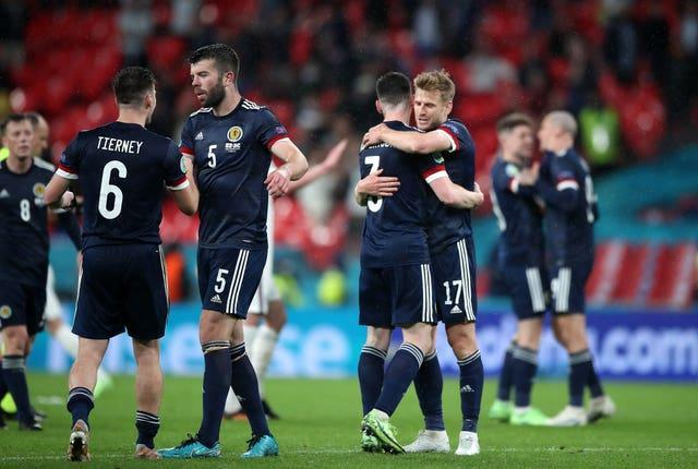 Scotland kept their qualification hopes alive after an impressive performance in a 0-0 draw with England at Wembley