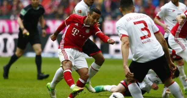 Foot - ALL - 30e j. - Le Bayern Munich accroché par Mayence, le Hertha Berlin enfonce Wolfsburg
