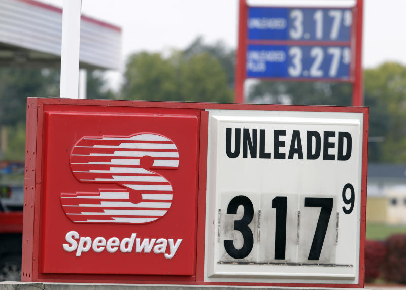 Gas prices dropped to $3.17 at a Speedway station in Kokomo, Ind., Thursday, Oct. 24, 2013. Local gasoline prices are swinging up and down ever more drastically, a result of a national fuel system that is operating with a shrinking margin for error. (AP Photo/Michael Conroy)