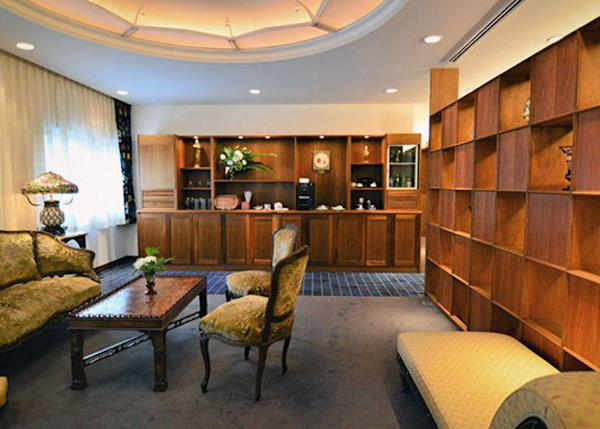 ▲The private lounge reserved for hotel guests. It is a comfortable place to relax while having coffee or tea.