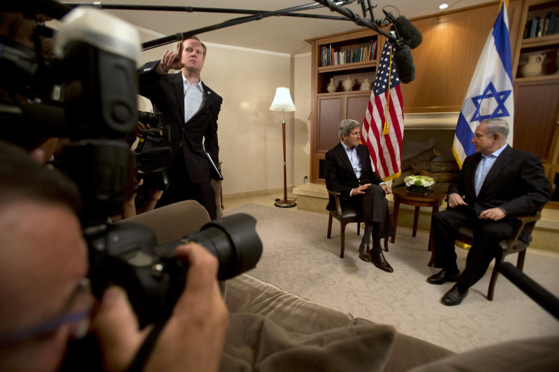 U.S. Secretary of State John Kerry meets with Israeli Prime Minister Benjamin Netanyahu, right, in Jerusalem on Thursday, June 27, 2013. Kerry is in Israel for the fifth time to make further efforts to resume peace talks between Israel and the Palestinians. (AP Photo/Jacquelyn Martin, Pool)