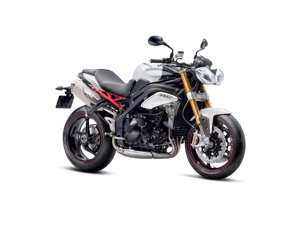 Triumph's Speed Triple uses a 675cc engine and will be priced around Rs. 6 lakhs.