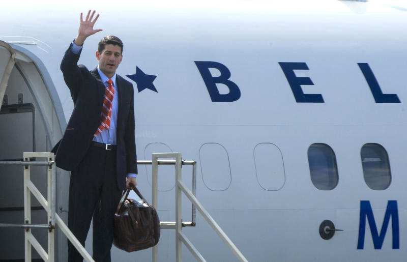 Ryan wants Romney to beat Obama 'by acclamation'
