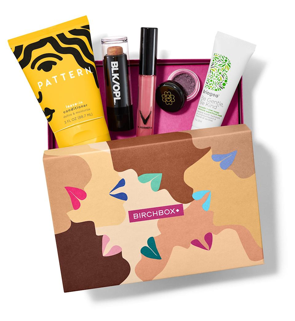 """The busy mom on your list would love a <a href=""""https://www.glamour.com/gallery/best-beauty-subscription-boxes?mbid=synd_yahoo_rss"""" rel=""""nofollow noopener"""" target=""""_blank"""" data-ylk=""""slk:beauty subscription box"""" class=""""link rapid-noclick-resp"""">beauty subscription box</a>, but Birchbox's October edition is extra special: It was cocurated with <a href=""""https://www.browngirljane.com/swap"""" rel=""""nofollow noopener"""" target=""""_blank"""" data-ylk=""""slk:Brown Girl Jane"""" class=""""link rapid-noclick-resp"""">Brown Girl Jane</a> in support of the <a href=""""https://www.glamour.com/gallery/black-owned-beauty-brands?mbid=synd_yahoo_rss"""" rel=""""nofollow noopener"""" target=""""_blank"""" data-ylk=""""slk:Black beauty community"""" class=""""link rapid-noclick-resp"""">Black beauty community</a> and comes filled with products from Black-owned, women-led beauty brands like Briogeo, The Honey Pot Co., and <a href=""""https://www.glamour.com/story/pattern-beauty-review?mbid=synd_yahoo_rss"""" rel=""""nofollow noopener"""" target=""""_blank"""" data-ylk=""""slk:Pattern Beauty"""" class=""""link rapid-noclick-resp"""">Pattern Beauty</a>. $45, Birchbox. <a href=""""https://www.birchbox.com/gift/home"""" rel=""""nofollow noopener"""" target=""""_blank"""" data-ylk=""""slk:Get it now!"""" class=""""link rapid-noclick-resp"""">Get it now!</a>"""