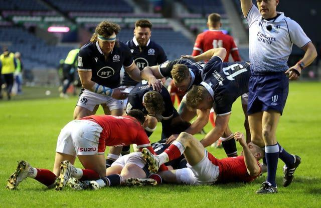 Stuart Hogg's double proved in vain for the home side