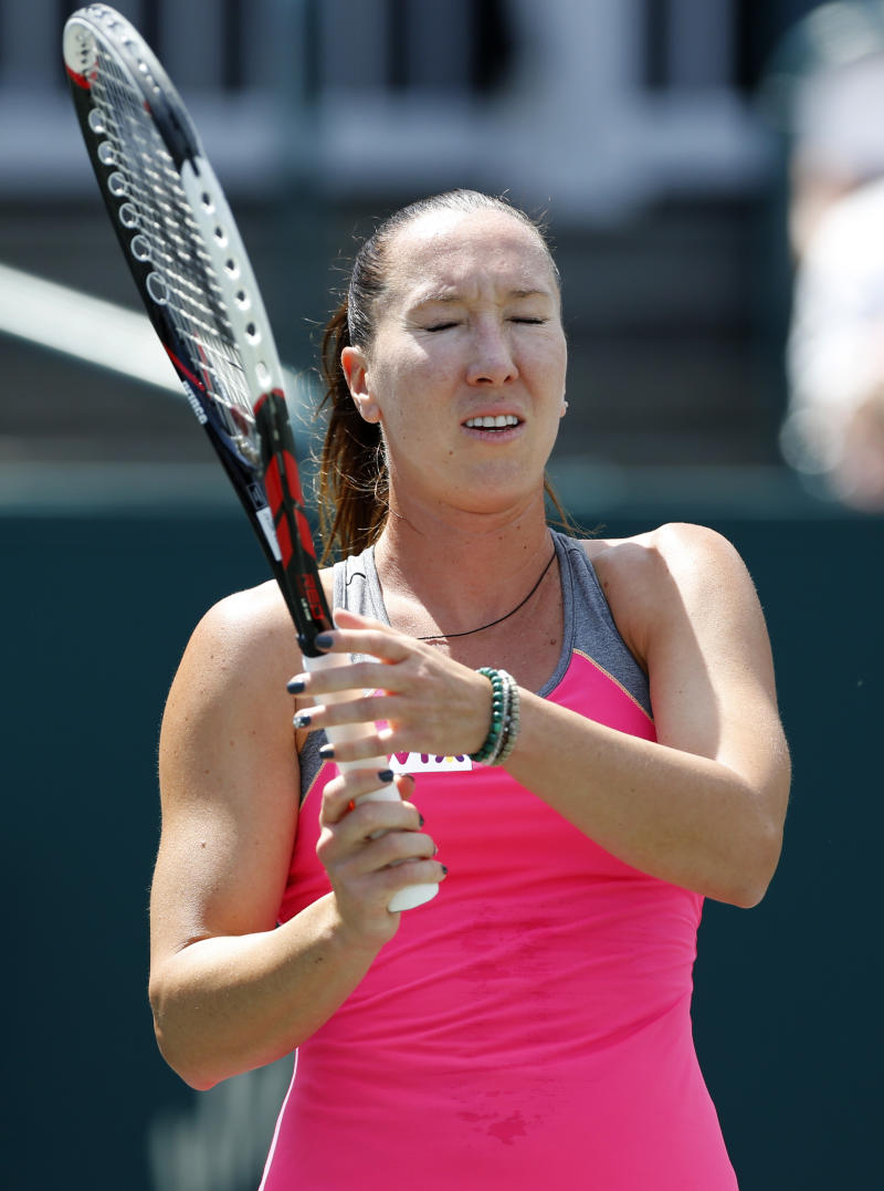 Top seeds Jankovic, Errani upset at Family Circle