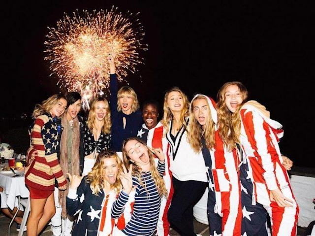 "Taylor Swift throws a mean <a href=""https://www.instagram.com/p/BHdgGYrjgc8/?hl=en"" rel=""nofollow noopener"" target=""_blank"" data-ylk=""slk:Fourth of July fete"" class=""link rapid-noclick-resp"">Fourth of July fete</a>. (Photo: Taylor Swift via Instagram)"