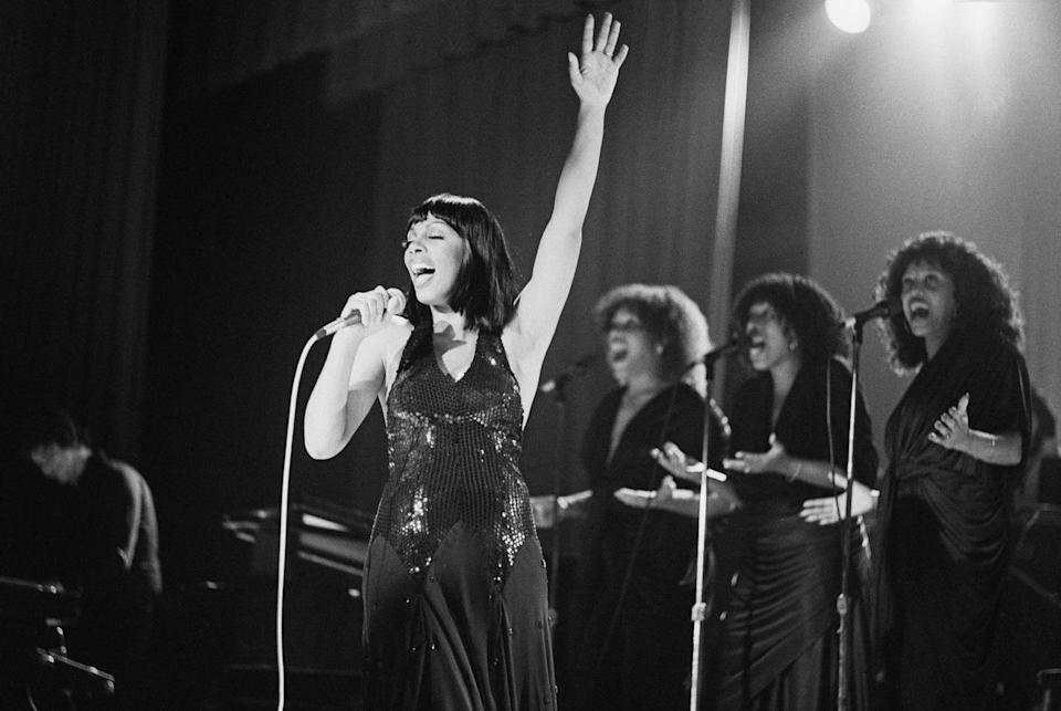 <p>Donna Summer performing at a party for Neil Bogart's Casablanca Records in New York, November 1978.</p>
