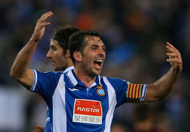Soccer Football - Spanish King's Cup - Espanyol vs FC Barcelona - Quarter-Final - First Leg - RCDE Stadium, Barcelona, Spain - January 17, 2018 Espanyol's Victor Sanchez celebrates at the end of the match REUTERS/Albert Gea