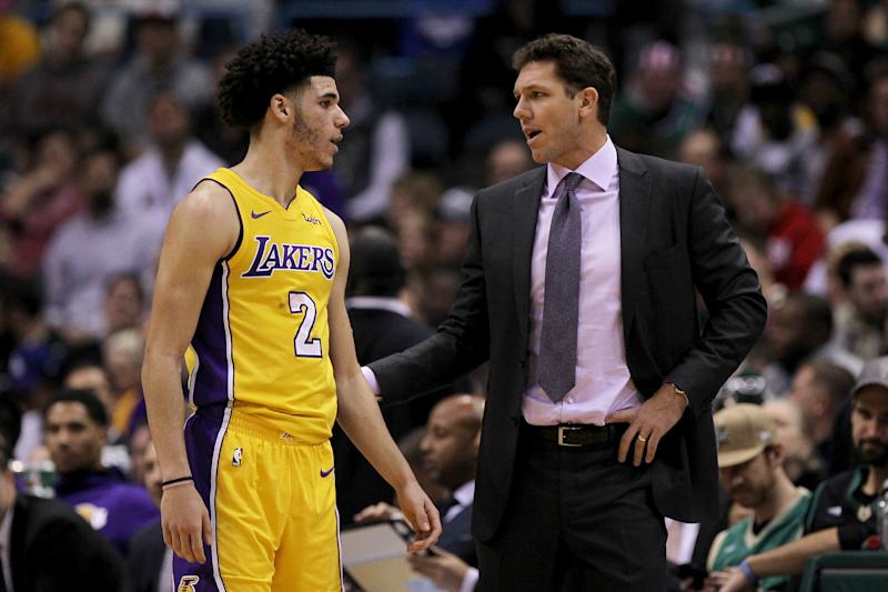 Lonzo has to grow up and tell his dad to shut up