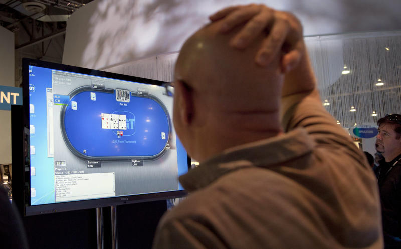 Bill to legalize web poker introduced in Congress