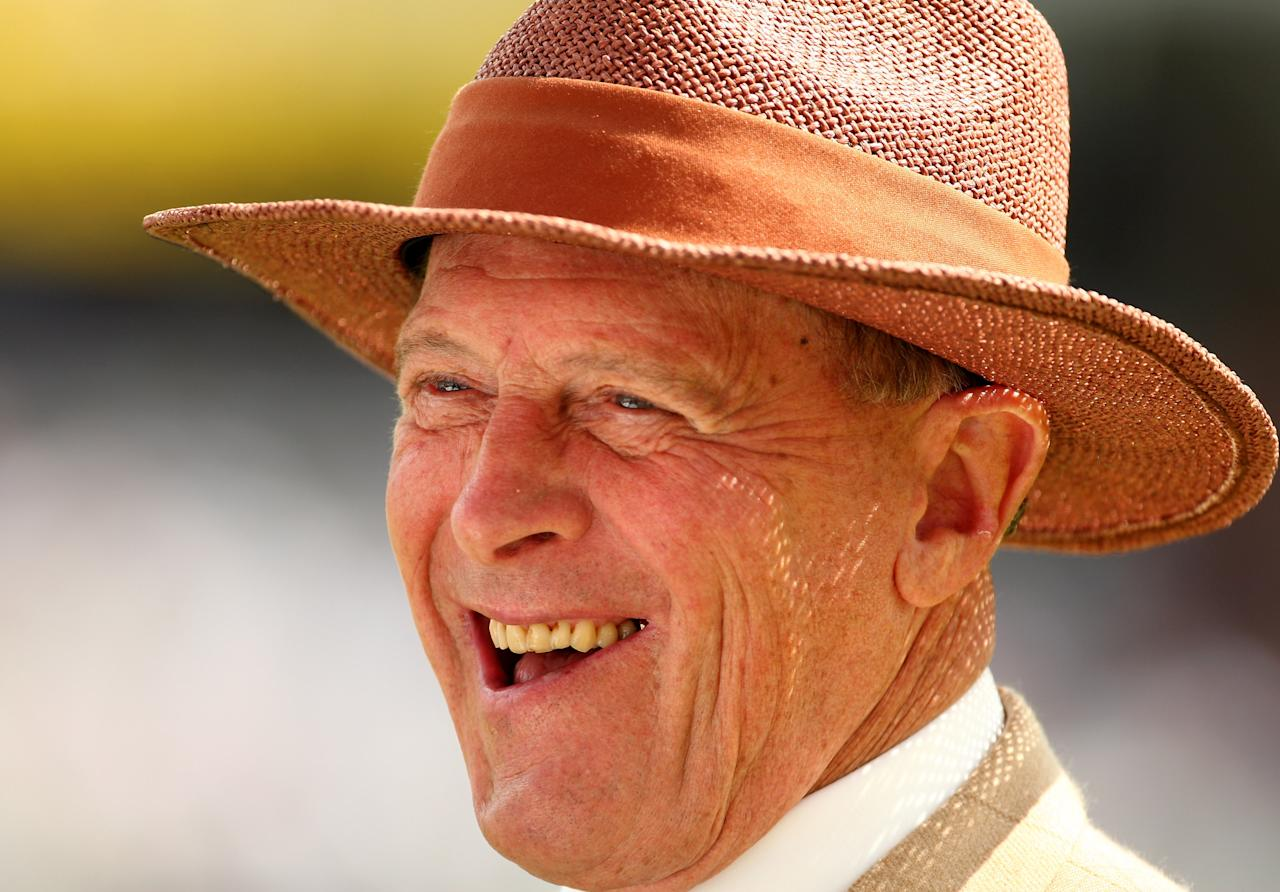 LONDON - AUGUST 07:  Former England player Geoff Boycott talks to TV during the first day of the 4th npower Test Match between England and South Africa at The Brit Oval on August 7, 2008 in London, England.  (Photo by Richard Heathcote/Getty Images)