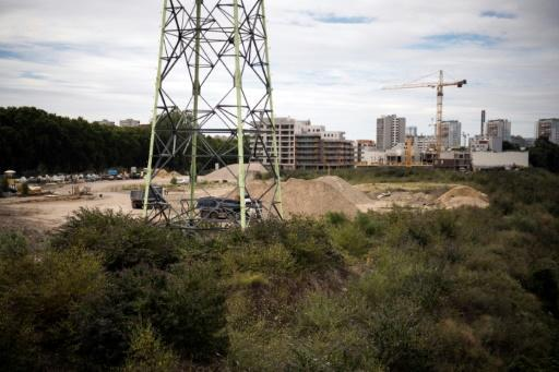 Rundown Paris suburb dreams of Olympic transformation