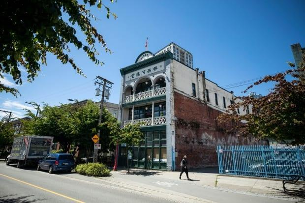 The Lim Sai Hor Association building at 525 Carrall St. is pictured in Vancouver, British Columbia on Friday, May 28, 2021. Erected in 1903 by the Chinese Empire Reform Association, its current tenants are hoping a virtual fundraising event will help cover restoration costs. (Ben Nelms/CBC - image credit)