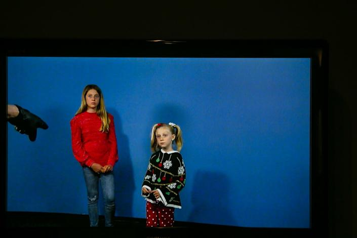 "Sisters Chloe Bowling, 12, and Brooke Bowling, 6, receive instruction during a commercial audition at 200 South. The siblings were able to audition together because they are living together in quarantine. <span class=""copyright"">(Josie Norris / Los Angeles Times)</span>"