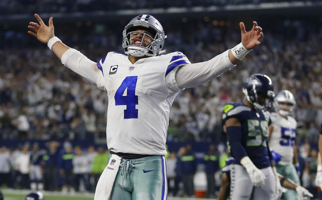 Dallas Cowboys quarterback Dak Prescott (4) will try to knock off the Rams in Los Angeles on Saturday night. (AP)