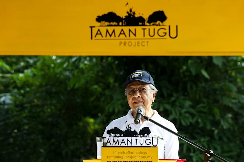 Prime Minister Tun Dr Mahathir Mohamad speaks during the Earth Day celebration at Taman Tugu Nursery in Kuala Lumpur April 20,2019. — Pictures by Ahmad Zamzahuri