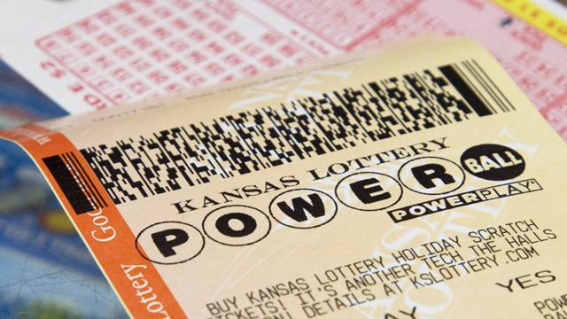 NJ Gas Station Manager Says He Sold Winning Powerball Ticket (ABC News)